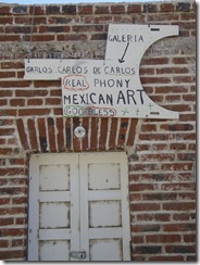 Todo Santos store sign