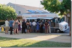 taco truck curb crowd
