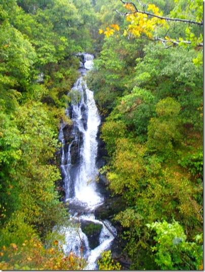 hike water falling