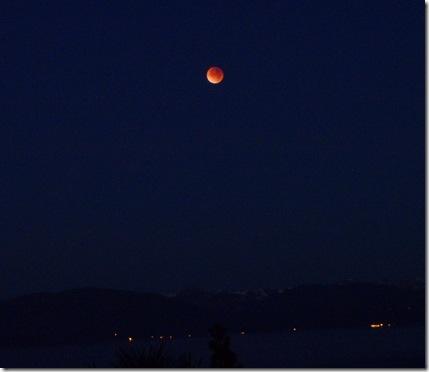 LT eclipse on lake Dec 2011.jpg