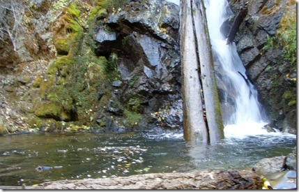 Hunter Creek Falls pool